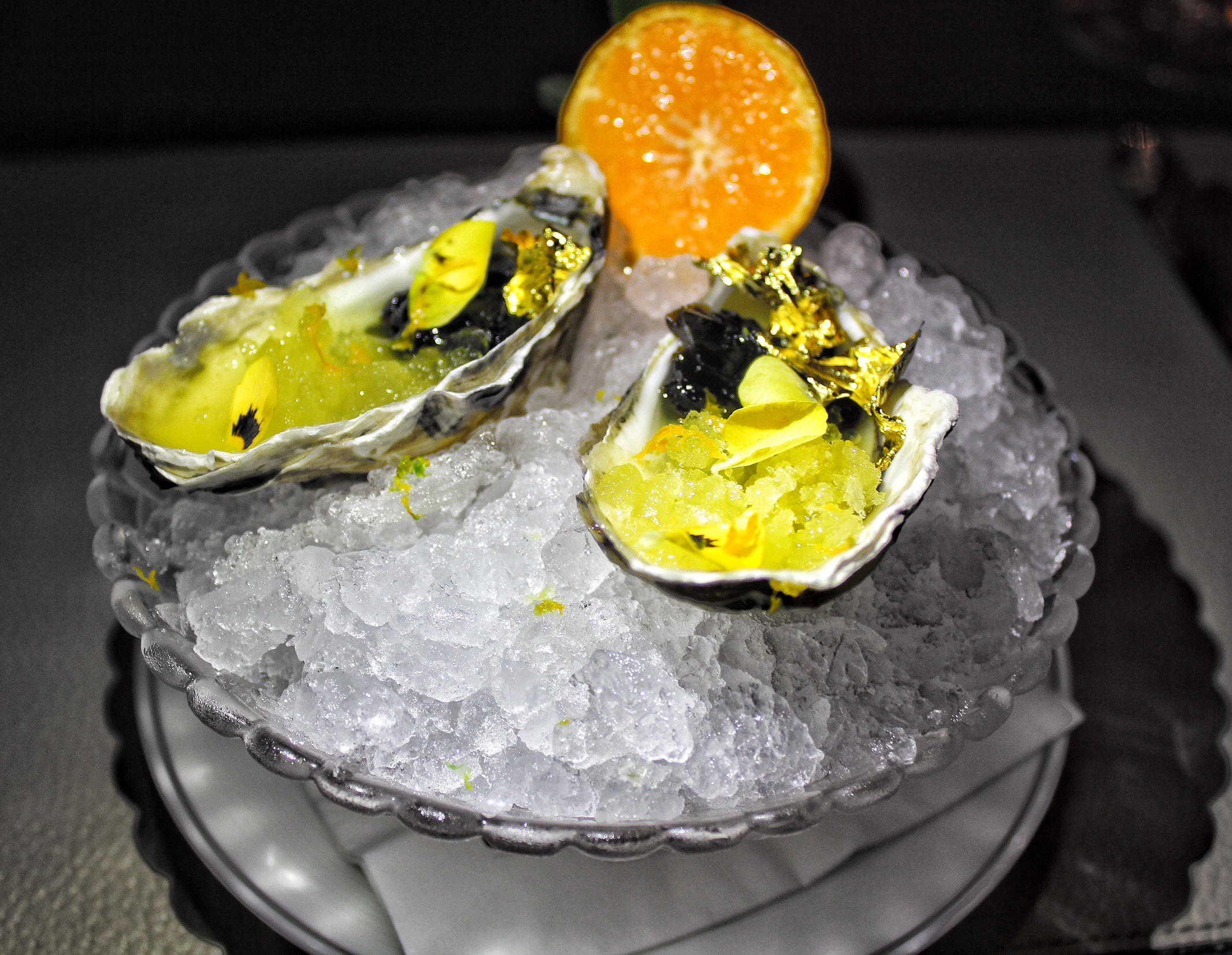 cafe-gray-deluxe-the-upper-house-hong-kong-oysters